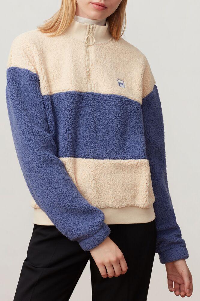 laverne 1/4 zip sweatshirt in webimage-8DAA34A2-F25F-4243-84A27E62C452A05B