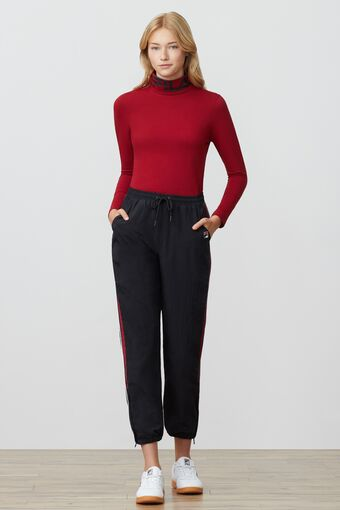 yvette turtleneck in webimage-ED73CFEE-8543-4C73-982376ECA557BE9D