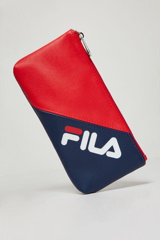 FILA zip top tech case in webimage-C5256F81-5ABE-4040-BEA94D2EA7204183
