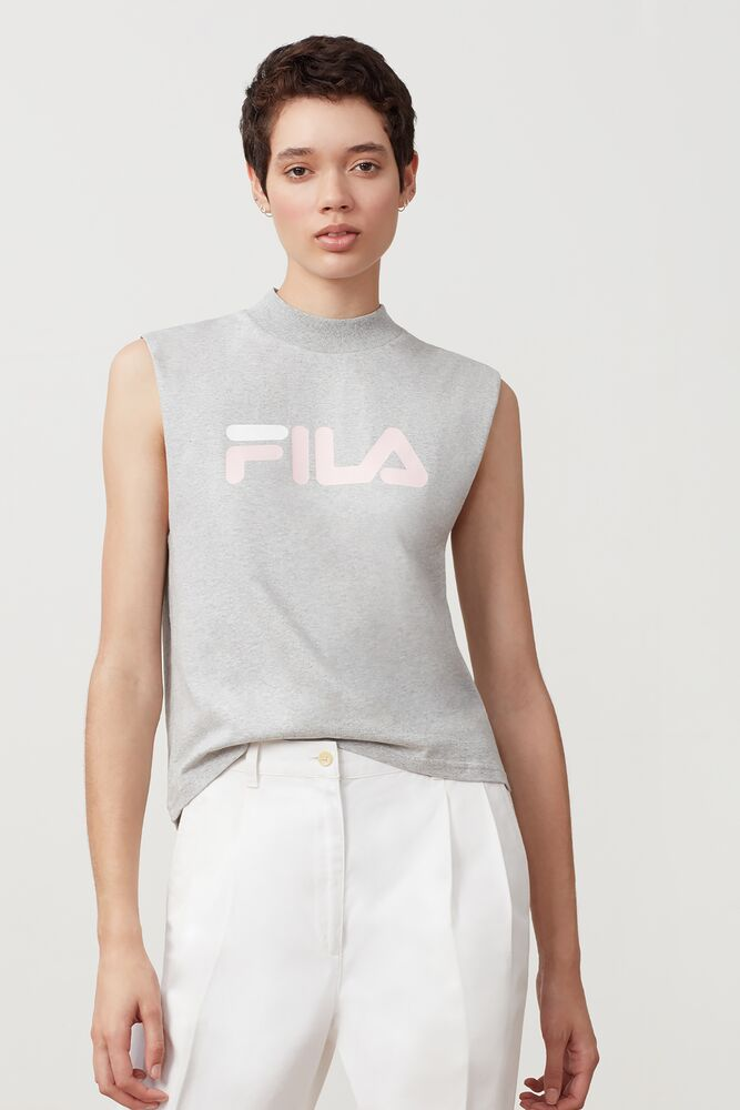 helena sleeveless tee in webimage-CFB68797-743A-47D7-AE1ABE2F0424288A