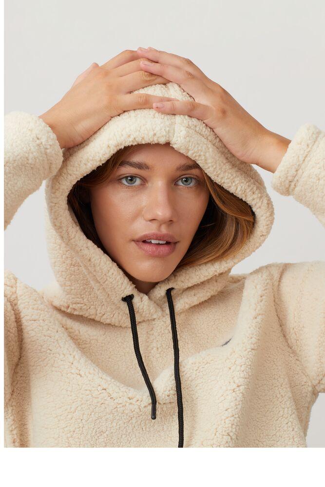 ember crop hoodie in webimage-8DAA34A2-F25F-4243-84A27E62C452A05B