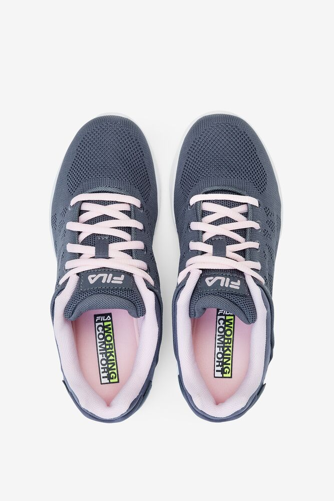 slip and water resistant shoes
