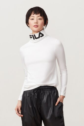 yvette turtleneck in webimage-8A572F80-2532-42C2-9598F832C44DF3F5