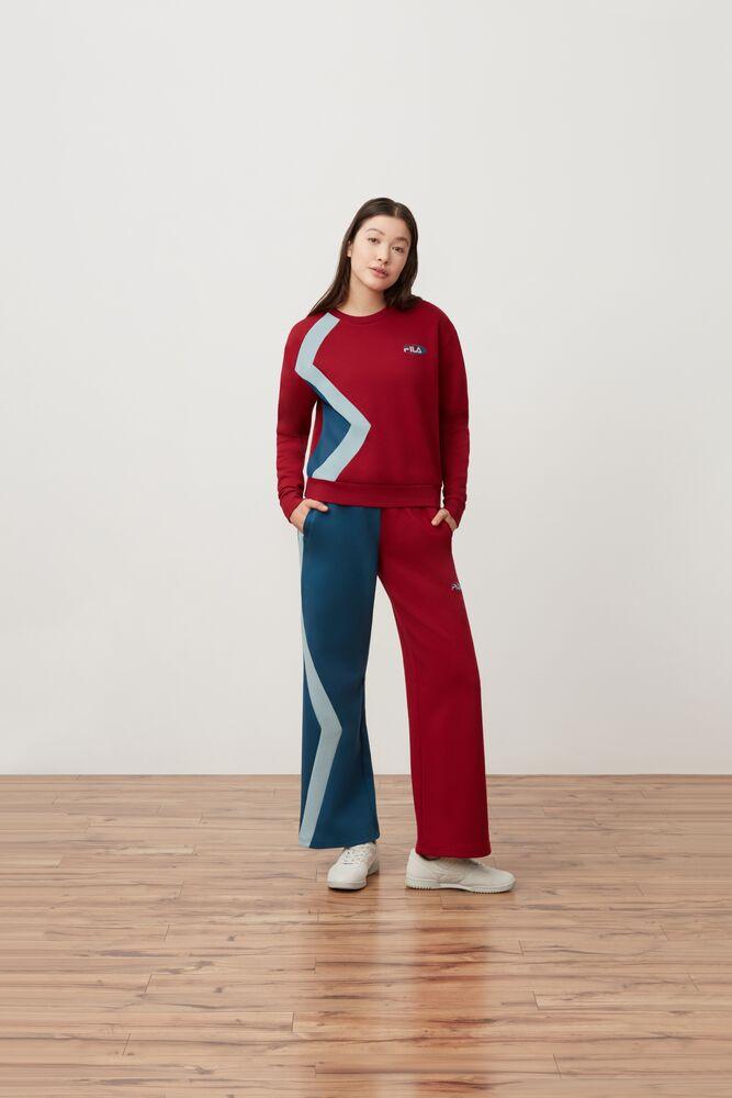 kazuno sweatshirt in webimage-ED73CFEE-8543-4C73-982376ECA557BE9D