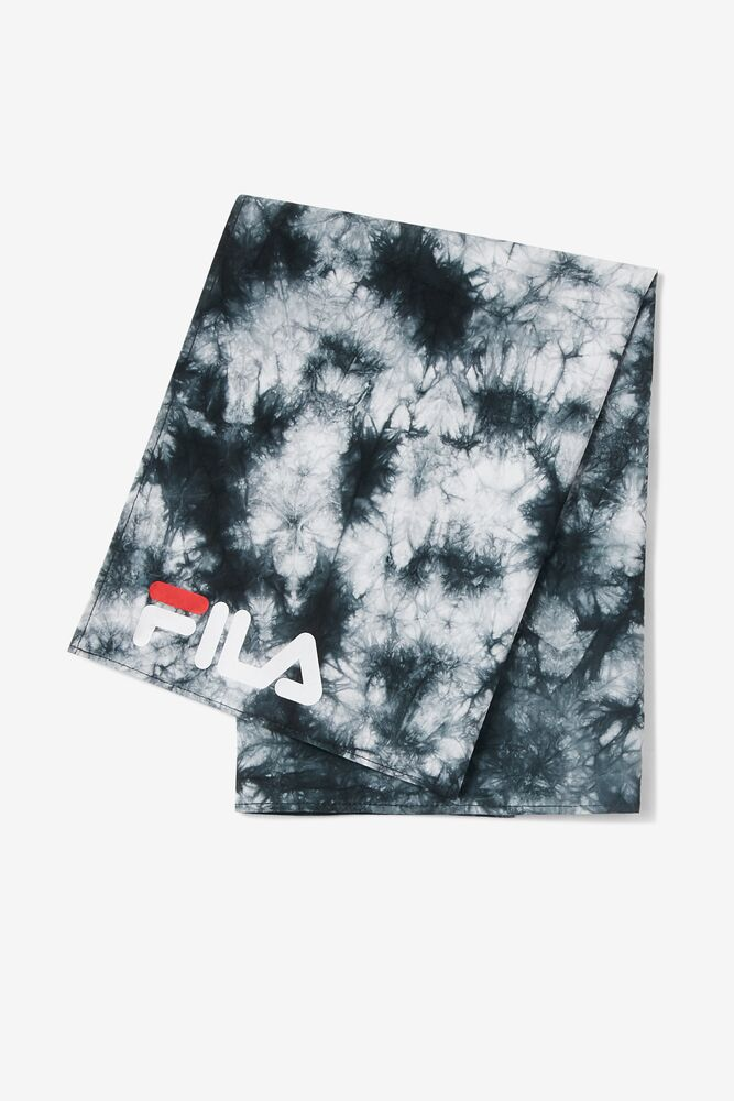 Black & White Tie Dye Bandana FILA.com exclusive in webimage-16EDF0C7-89E9-4B76-AF680D327C32E48E