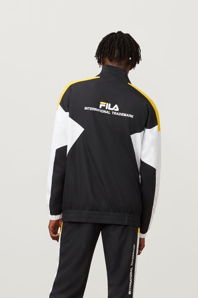 oliviero wind jacket in webimage-16EDF0C7-89E9-4B76-AF680D327C32E48E