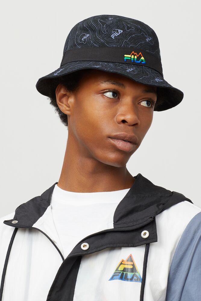 reversible bucket hat in webimage-16EDF0C7-89E9-4B76-AF680D327C32E48E