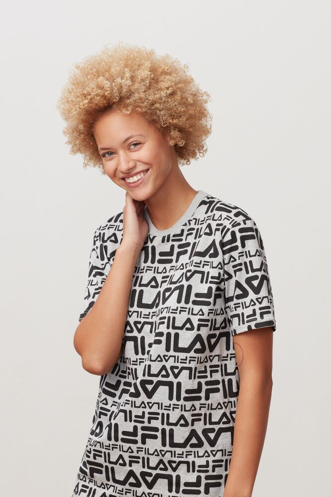 peyton tee in webimage-CFB68797-743A-47D7-AE1ABE2F0424288A