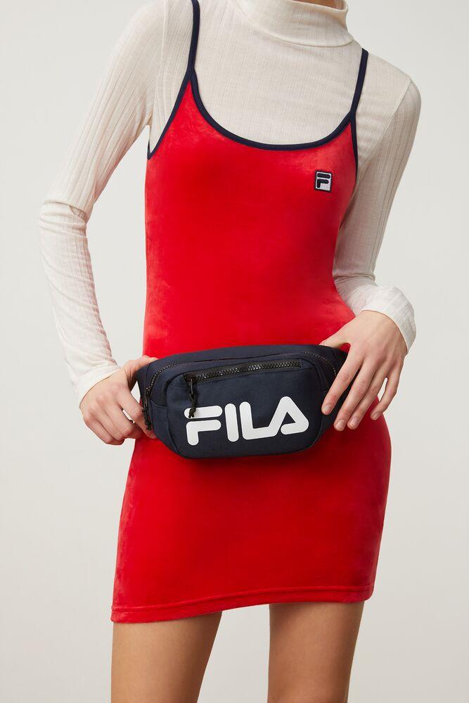 hunter waist bag in webimage-C5256F81-5ABE-4040-BEA94D2EA7204183