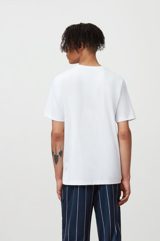 erico graphic tee in webimage-8A572F80-2532-42C2-9598F832C44DF3F5