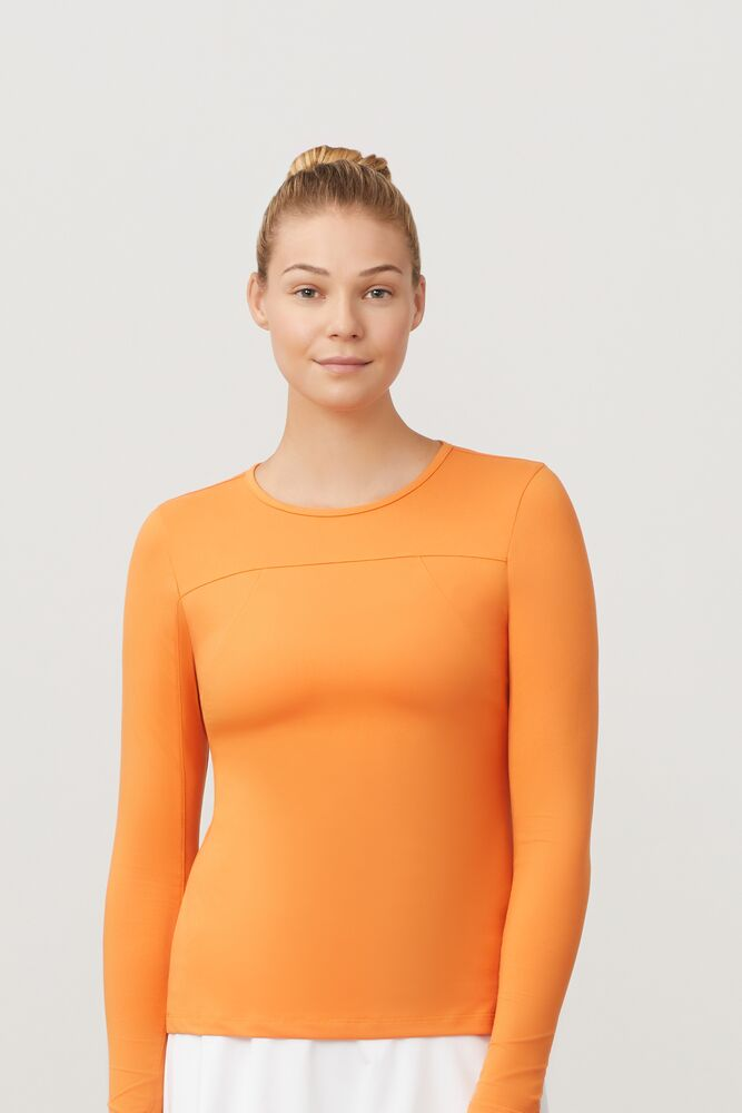 uv blocker long sleeve top in webimage-E32C14AB-8E4D-4384-8167FAEA54AB6B94