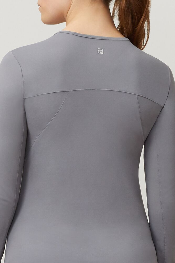 uv blocker long sleeve top in webimage-CFB68797-743A-47D7-AE1ABE2F0424288A