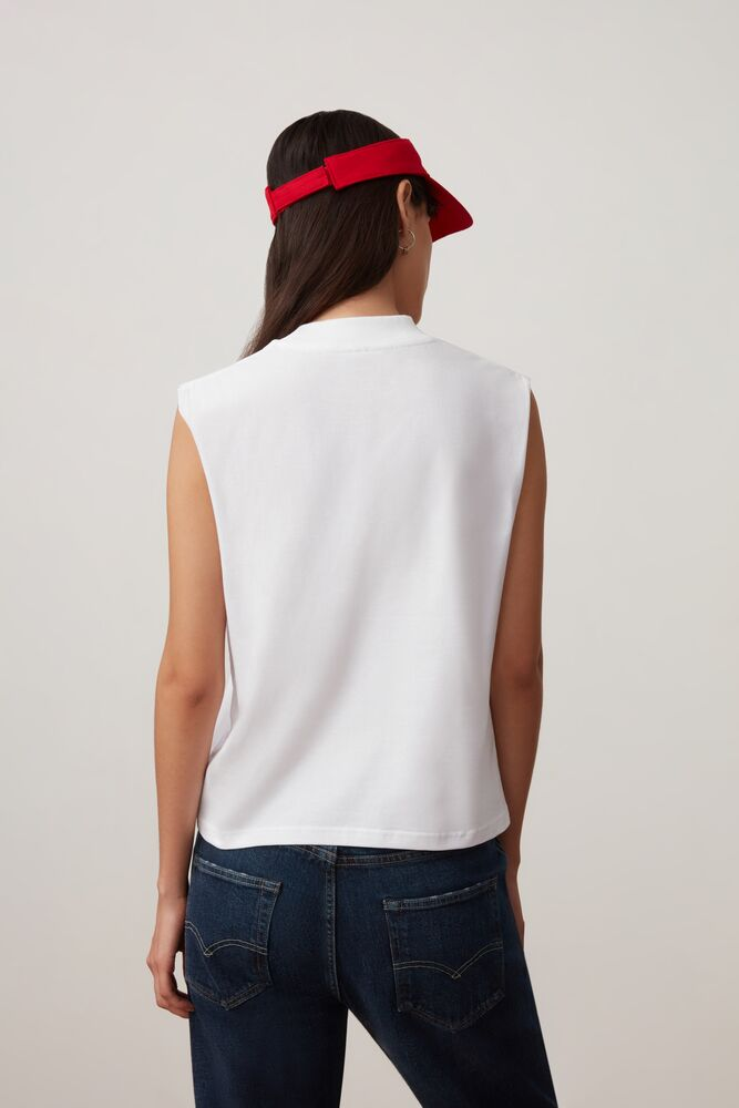 helena sleeveless tee in webimage-8A572F80-2532-42C2-9598F832C44DF3F5