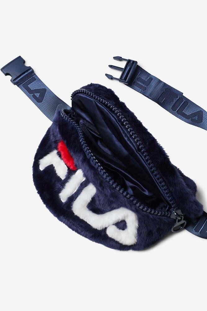 aussie bum bag in webimage-C5256F81-5ABE-4040-BEA94D2EA7204183