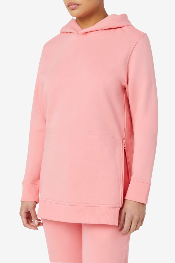 Maddox Pullover Hoodie in webimage-8BC134BB-68E9-4541-87C19ACF992FC967