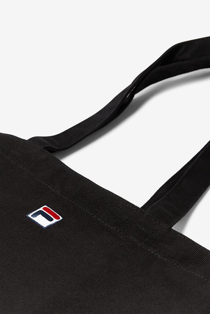 basic tote bag in webimage-16EDF0C7-89E9-4B76-AF680D327C32E48E