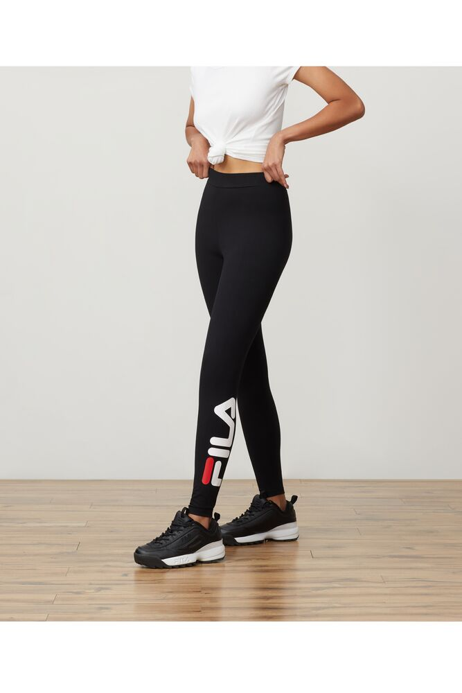 avril essential legging in webimage-16EDF0C7-89E9-4B76-AF680D327C32E48E