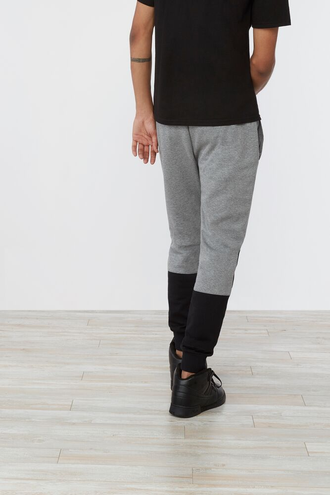corey pant in webimage-CFB68797-743A-47D7-AE1ABE2F0424288A