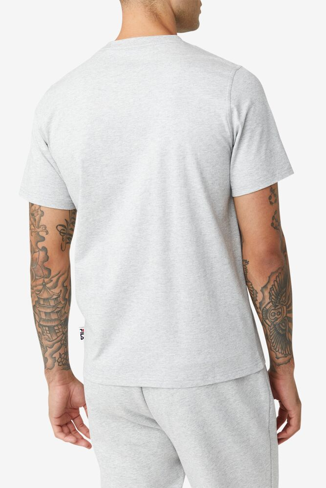 Derion Tee in webimage-CFB68797-743A-47D7-AE1ABE2F0424288A