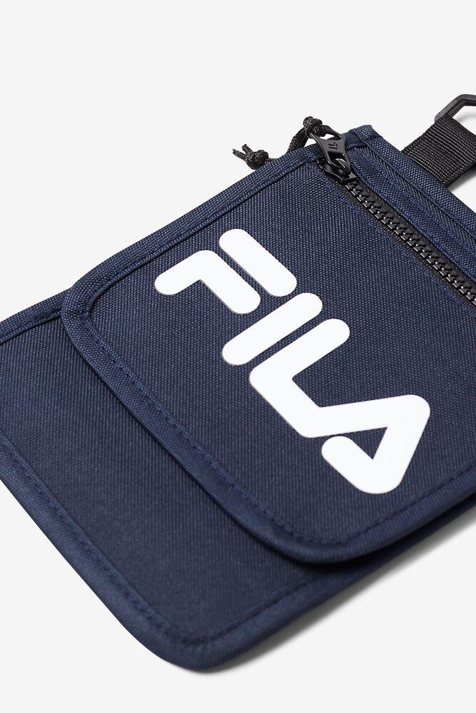writer neck pouch in webimage-C5256F81-5ABE-4040-BEA94D2EA7204183