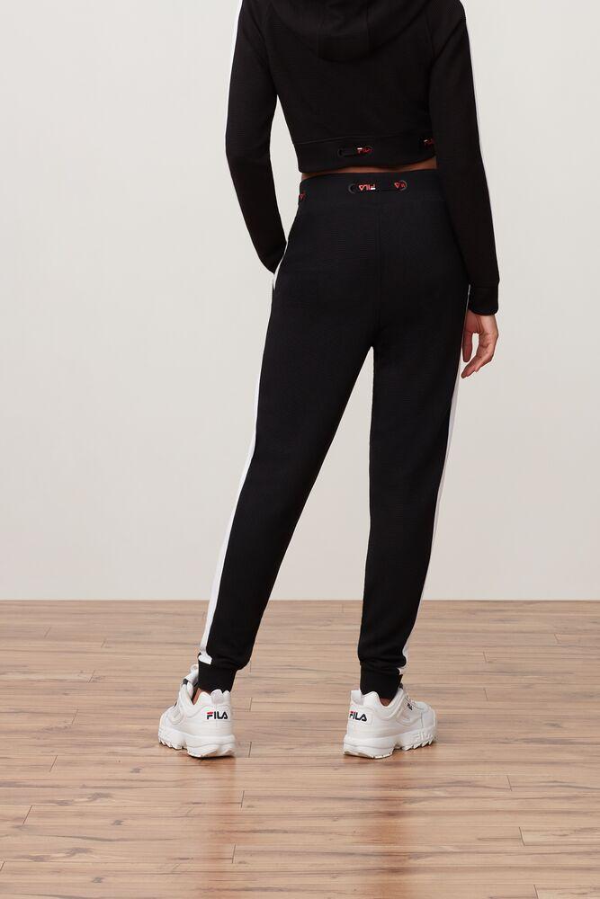 adeline jogger in webimage-16EDF0C7-89E9-4B76-AF680D327C32E48E