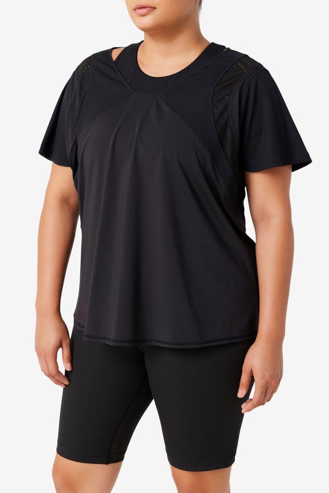 Uplift Textured Short Sleeve Top in webimage-16EDF0C7-89E9-4B76-AF680D327C32E48E