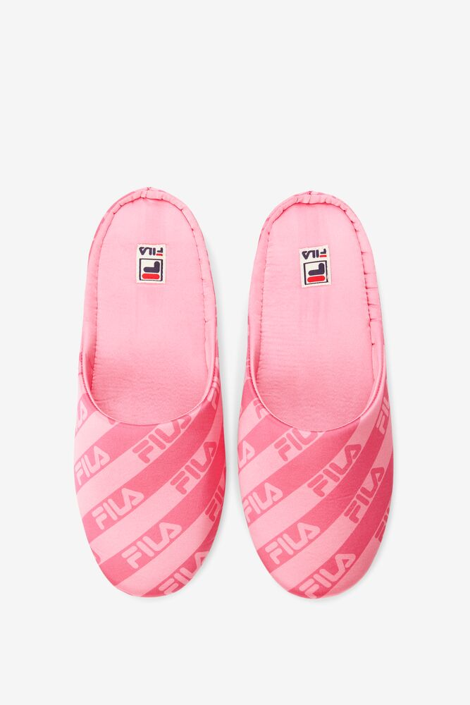 Premium Slippers in webimage-56E96FB1-55FB-41A4-963A044E58BD5C24