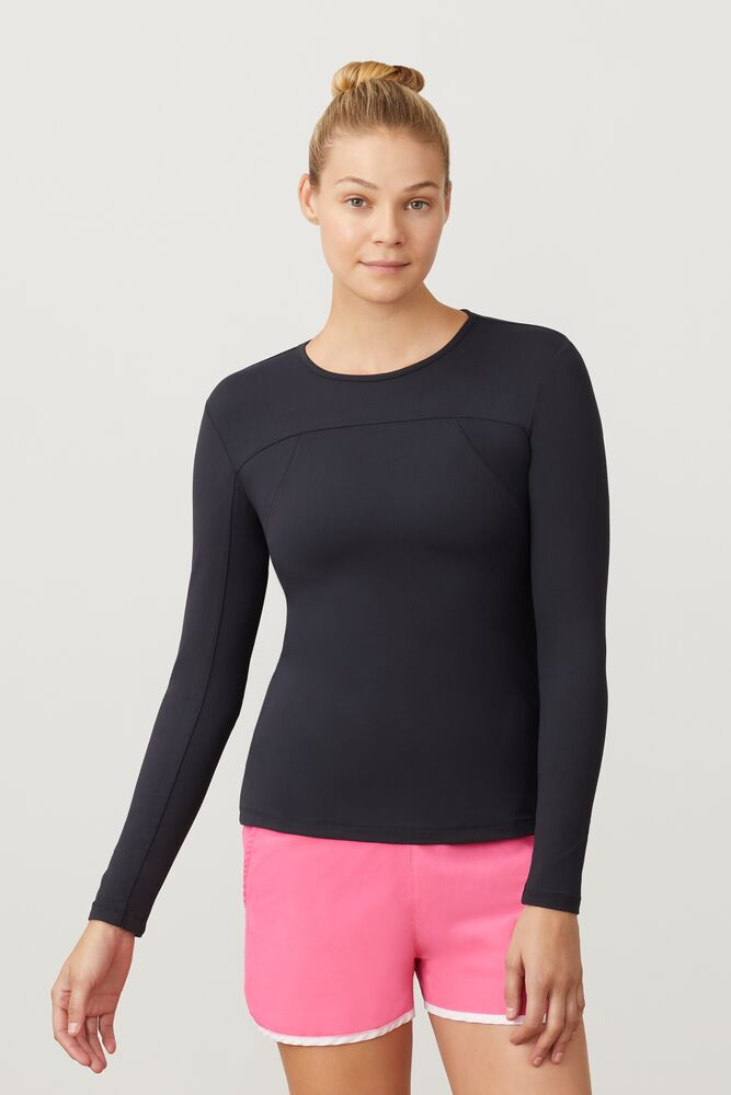 uv blocker long sleeve top in webimage-16EDF0C7-89E9-4B76-AF680D327C32E48E